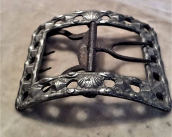 Pewter Shoe Buckle with Shell