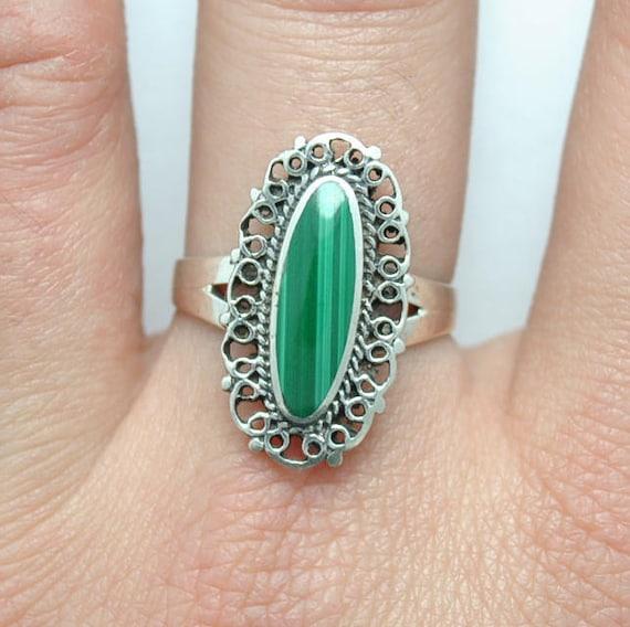 Malachite ring - vintage ring - boho ring - sterling silver ring - vintage jewelry - malachite jewelry - green stone