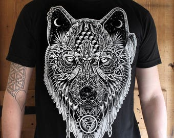 Black Wolf Totem T-shirt - Organic Cotton Spirit Animal, Native american guide.