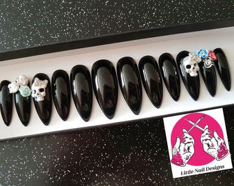 Day of the Dead Inspired Gothic Black False Nails Skulls and Flowers | Little Nail Designs