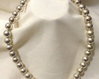 Vintage Silver Pearl Beaded Necklace, Bridal, Hollywood Glamor, Silver Plated Necklace 4871-23