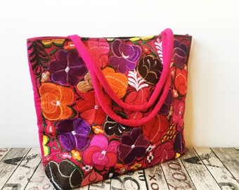 XL PINK EMBROiDERED MEXiCAN BAG, Made in Chiapas