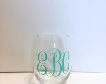Monogrammed Stemless wine glass|Monogrammed Wine glass|stemless wine glass|Bridal Gift|Party favors|Wine Glass