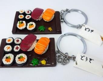 Portachiavi di sushi in fimo, sushi set con bacchette