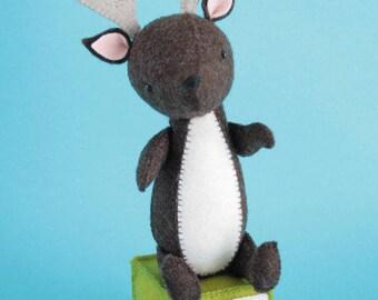 D is for Deer: deer sewing pattern, hand sewing pattern, deer pattern, deer toy, easy sewing pattern, felt deer, deer plush