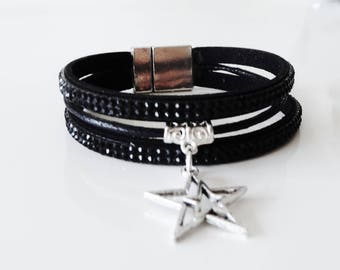 Black rhinestones with a charm bracelet Silver Star