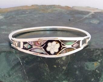 "Taxco Mexico Silvertone 6-9/16"" Vintage Hinge Bracelet Black enamel & Abalone Shell Inlay L04"