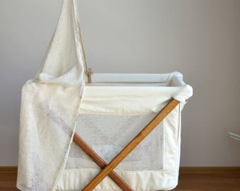 Koota Baby Bed handmade entirely of oak wood  and eco-cotton / Wool-filled Mattress