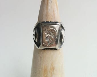 Vintage Sterling Silver Uncas Engraved Roman Centurion or Spartan Warrior Rectangular Art Deco Style Signet Ring