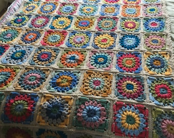 Sunny flower afghan / single bed / blanket / throw