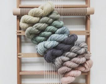 Medium weaving kit, Tapestry loom and yarn kit, Frame loom with heddle bar, Travel loom kit, Yarn kit, Beginners kit, Tapestry set, Weaving