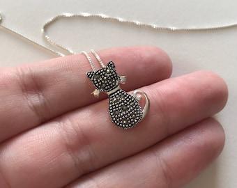 Marcasite 925 Sterling Silver Petite Elegant Cat Pendant Necklace