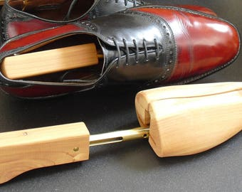 Vintage Wooden Shoe Trees, Full Toe Cedar, Travel Shoe Keepers, Shoe Stretcher, Shoe Shapers, Wooden Shoe Trees, Shoe Forms, Old Shoe Trees