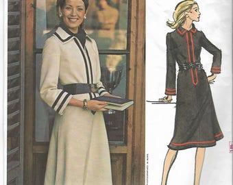 70s Vogue Couturier Design Galitzine Dress 2590 Sewing Pattern Miss 16