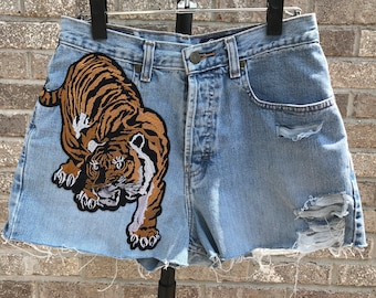 Distress High Waisted Denim Shorts with Tiger Patch (Size 8)