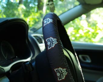 Wolfs steering wheel cover Steering wheel decor Brown wheel cover Car accessories for man Cool birthday gift for him Wheel covers Car decor