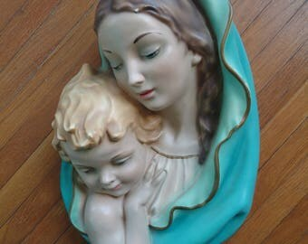 Mary and Jesus sculpture - Vintage sculpture - Mary sculpture - Mary and Child sculpture - Mother and child sculpture - Mary and Child - Art