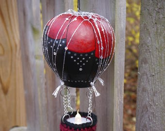 Black and Red Gourd Hot Air Balloon