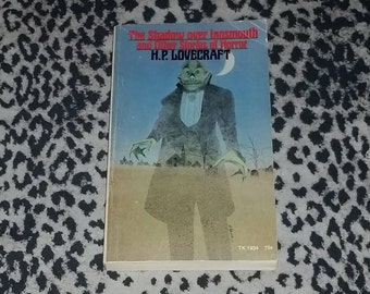 The Shadow Over Innsmouth and Other Stories Of Horror by H.P. Lovecraft [Paperback Book] 1st Printing Vintage 1971 Scholastic Book Horror
