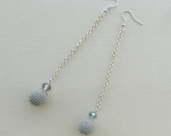 long crochet dangling earrings with beads, grey, sustainable jewelry, handmade in Italy, gift for her, summer, fall