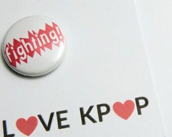 KPOP Fighting!  Badge BTS / EXO / Got7 / Bigbang / Blackpink /Twice/ Monsta X/ 4minute / Seventeen /  SHINee / Super Junior / Red Velvet