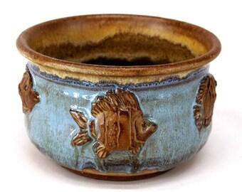 Ceramic Pottery Fish Bowl Serving Dish