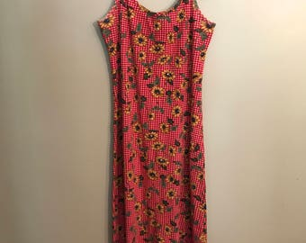 Gigham Floral Ribbed Maxi Dress