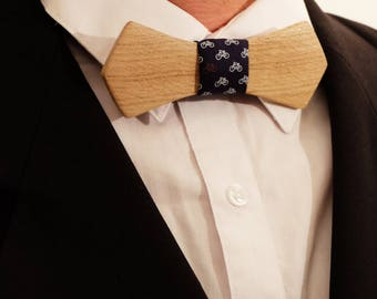 Bow tie made in oak- wood- cotton bicycle