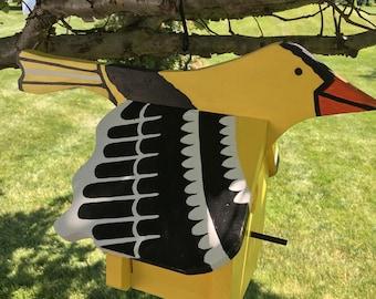 Yellow Finch birdhouse - Medium size