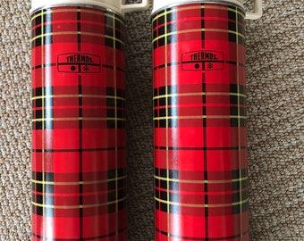 Vintage Plaid Tartan Pair of Thermos Bottles, Plaid Thermos, Vintage Plaid Thermos, Plaid Picnic, Red Plaid thermos bottles
