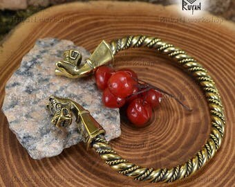 Viking wolves heads bracelet. Vikings torq bracelet. Viking Bronze Bracelet. Berserker. Viking Wolf. Viking Jewellery. Gotland bracelet