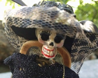 Miniature Halloween Skeleton figure - Maude 1:12 dollhouse miniature