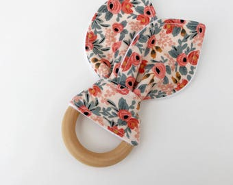Natural maple wooden teething ring, teething toy, teether, wooden teether, baby teether, teething ring, wood teether, bunny teether