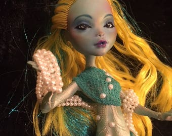 Nila: Oaok Monster High Repaint
