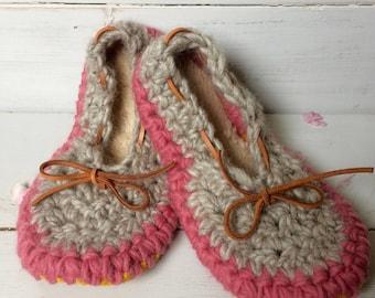 Womens slippers, Crochet slippers, ladies slippers, Spring/Summer slippers, wool slippers, slip on slippers, ballet slippers, Cute slippers