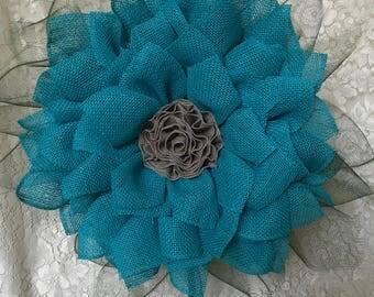 Burlap Flower Wreath, Free Shipping, Flower Wreath, Front Door and Home Decor, Flower Wreath, Free Shipping