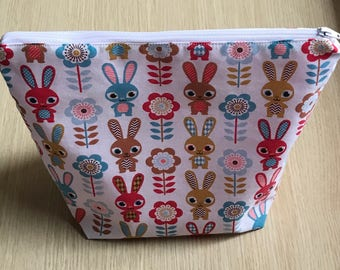 Bunnies Cosmetic Bag, Rabbit Make Up Bag, Cartoon Rabbit Cosmetic Purse