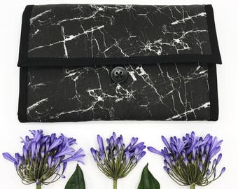 Diaper Clutch in Black Marble with foldout Changingmat, Trendy musthave for Mom, Nappywallet, Diaperbag, Black & White, Babyshower Gift