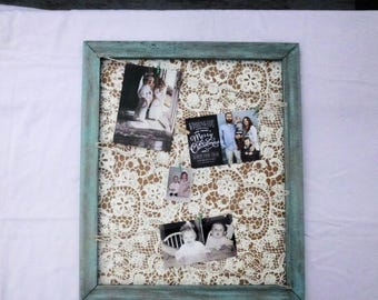 Distressed Photo Frame, Picture Frame with Twine and Clothespins, Rustic Wood Photo Frame Collage;  Clothespin Photo Collage Display