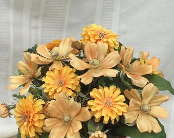 Flower arrangement, Artificial flower arrangement, Spring arrangement, Summer arrangement, Fall arrangement, Home decor, Fall decor