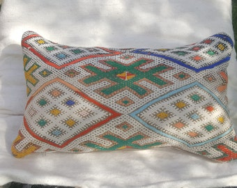 moroccan kelim pilow,vintage pilow, kelim , pillow