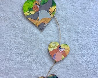 The Jungle Book - Sequence of three hanging hearts