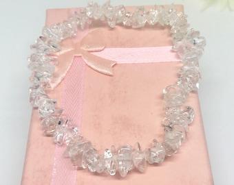 Clear quartz chip stretch bracelet, Clear quartz bracelet, Chakra jewellery,  Clear quartz jewellery, Gemstone bracelet, Healing jewellery