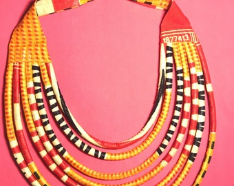SALE 30%! Beautiful yellow wax necklace for women. 7 brides to wear Choker bib type.