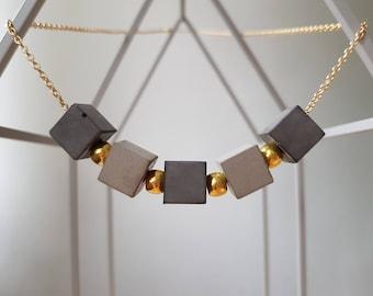 Five-part chain with concrete beads Geometrics 70cm