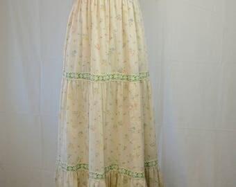 1970s Floral Maxi Dress // Gunne Sax Dress // Bohemian Dress // Vintage Boho Dress // 1970s Maxi Dress // Prairie Dress // Romantic Dress
