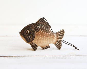 Wooden Fish Ornaments Christmas Tree Toy Wood Carving Hand Carved Fish Figurine Woodcarving Carved Ornaments Fish Gift Fish Miniature