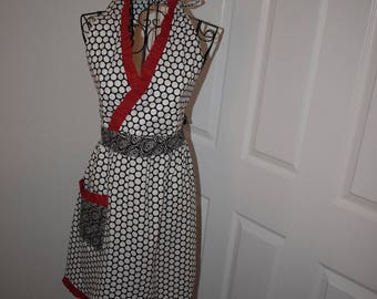 Modern Vintage Apron- Roses and Dots