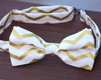 Gold white chevron bow tie, gold chevron bow tie, boys bow tie, mens gold bow tie, wedding bow tie, ring bearer bow tie, groomsmen bow tie