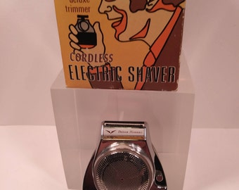 1960s Mallory Battery Shaver